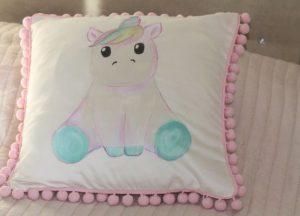 Ręcznie malowana poduszka